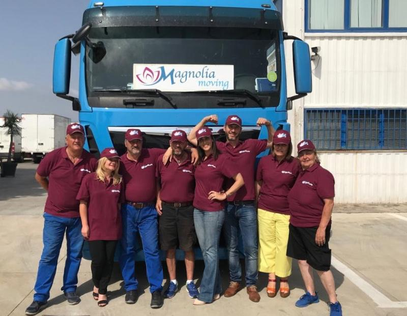 magnolia moving team